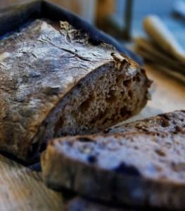 Pane-al-carbone-vegetale
