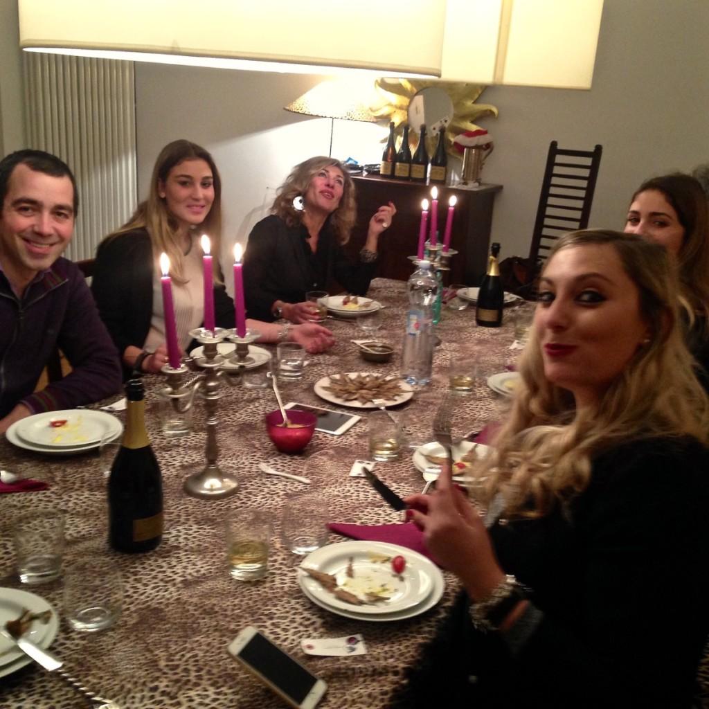 sOCIAL DINNER!!