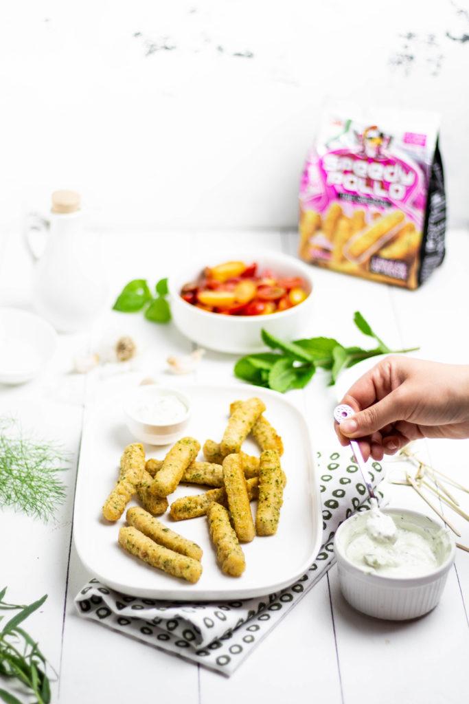 salsa allo yogurt greco con erbe aromatiche