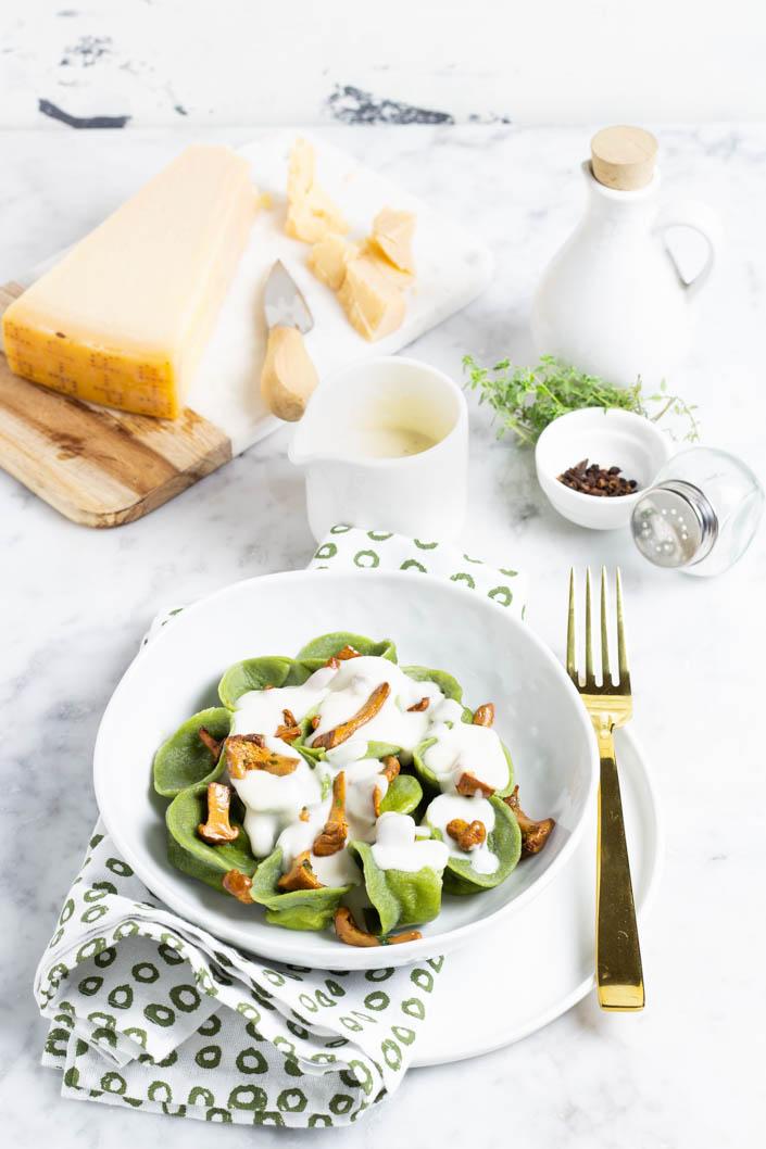 Cappellaci con crema al Parmigiano Reggiano