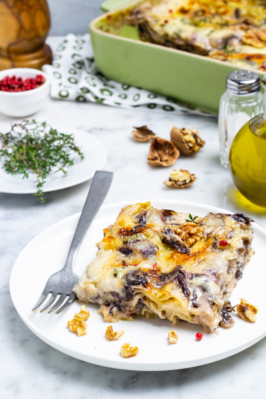 lasagne al radicchio, gorgonzola e noci