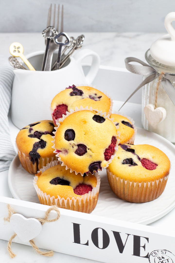 Muffin allo yogurt e frutti di bosco