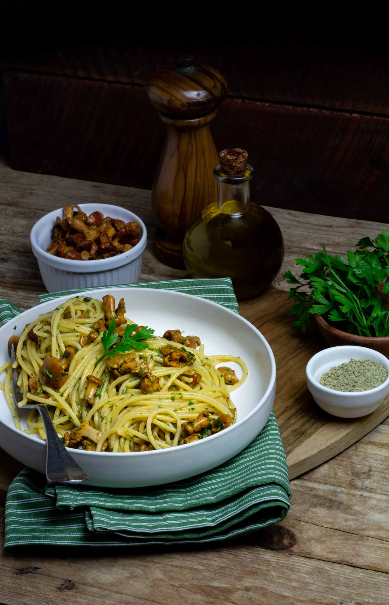 spaghetti ai funghi finferli