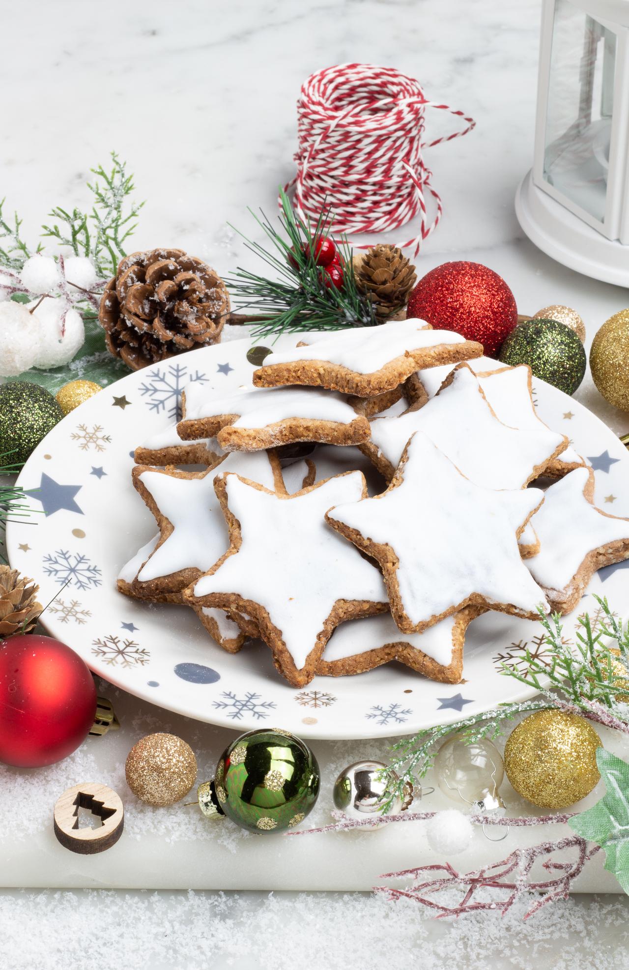 Biscotti Di Natale Zimtsterne.I Biscotti Natalizi Altoatesini Lebkuchen Zimtsterne E Vanillekipferl