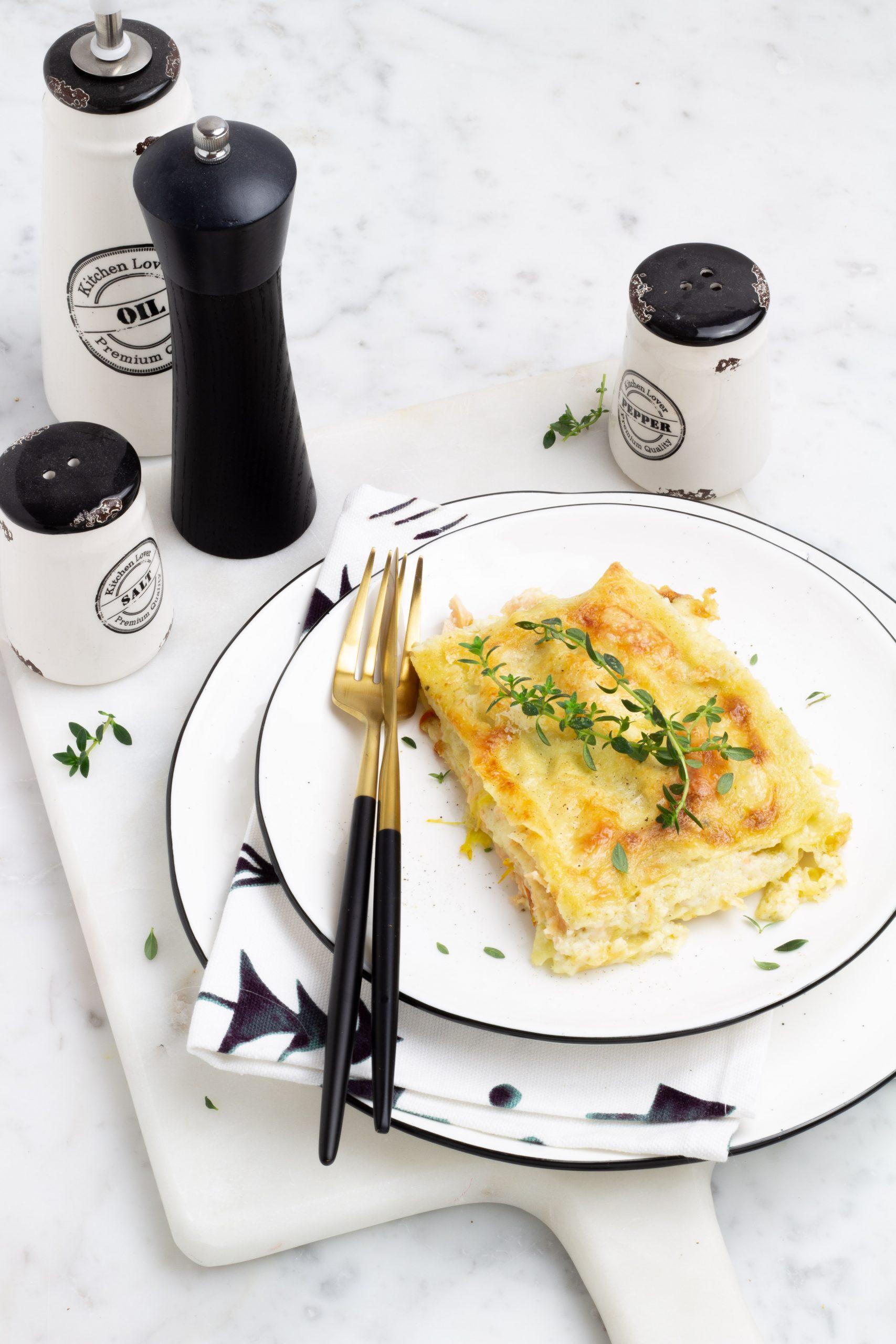 Lasagne con salmone e fiori di zucca
